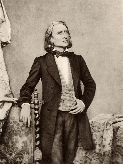 franz-liszt-photo-young